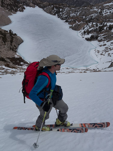 Skinning above Upper Lamarck Lake