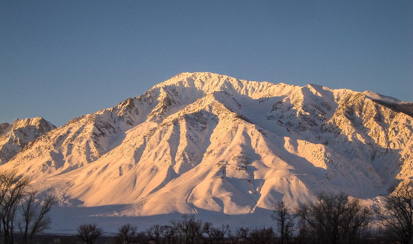 Good Morning Mount Tom
